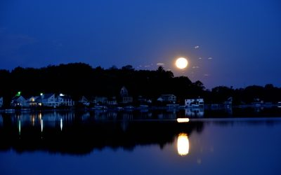 Moon over Mud Point